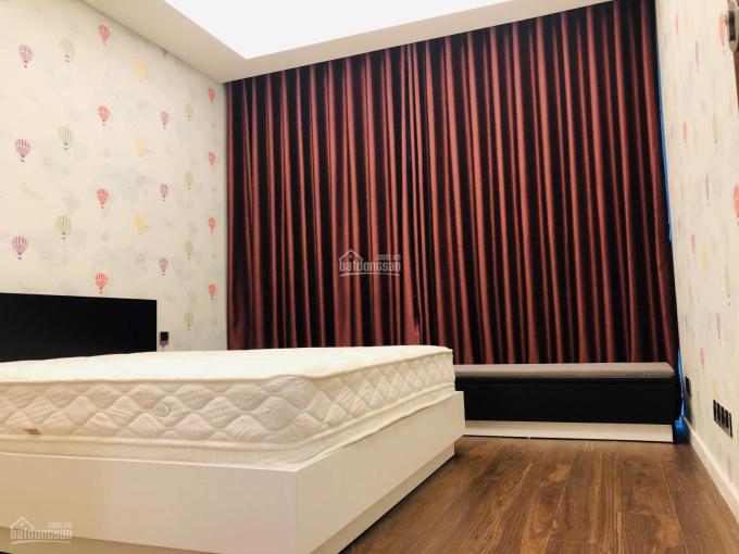 Bán căn hộ 3PN Sarica Sala, Q2 131m2, đầy đủ nội thất, view công viên
