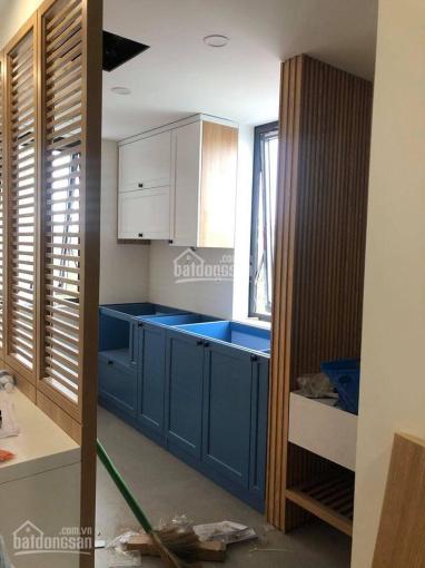 Cho thuê căn hộ studio full nội thất đẹp long lanh ở Bồ Đề - Long Biên 38m2, giá 6 triệu/ tháng