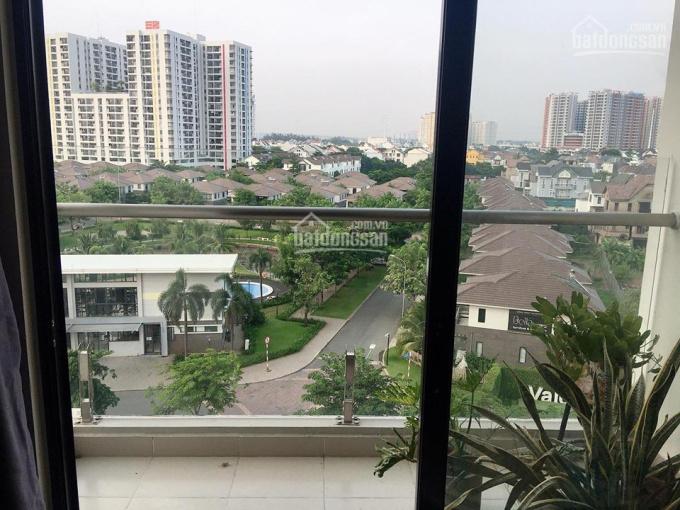 Bán gấp căn hộ chung cư Flora Kikyo Phú Hữu, Q9, giao giữa Đỗ Xuân Hợp đi về Quận 2 trung tâm TP
