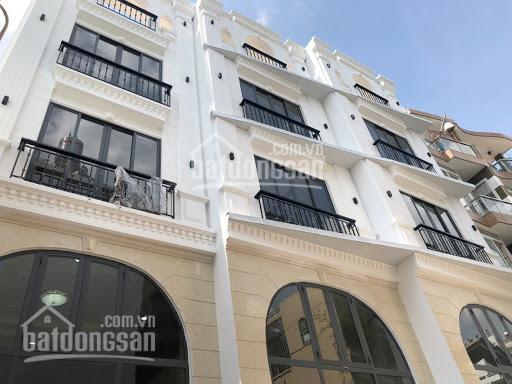 Bán nhà mới 1 trệt 4 lầu, HXH lớn đường Trần Bình Trọng, sổ hồng chính chủ, sổ mới 2020