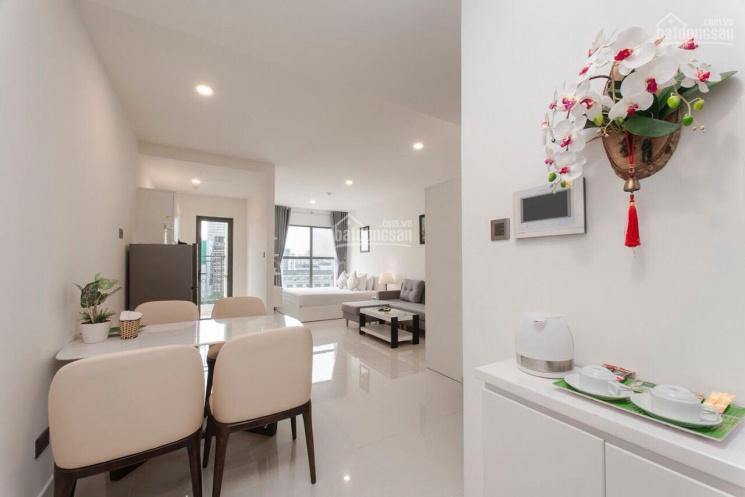 Chính chủ cần cho thuê gấp CHCC Kingston Residence, DT: 71m2, 2PN, 2WC, giá quá hot, view Đông Nam