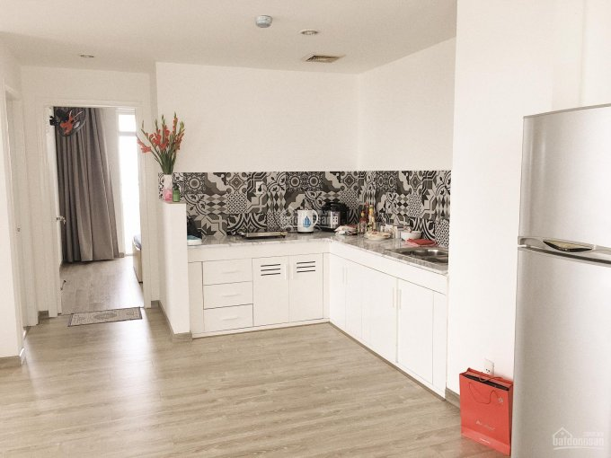 Cho thuê căn hộ CC 1050 Chu Văn An, căn góc, lầu cao 77m2, 2PN, 2WC, có nội thất. LH: 0908899607