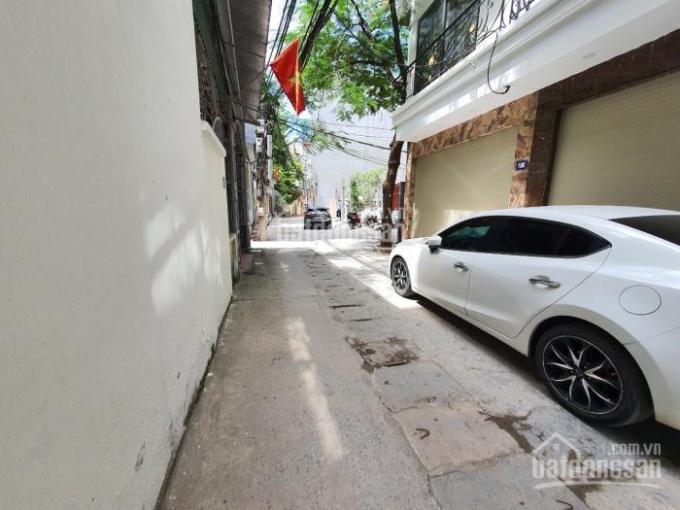 Chính chủ cần bán gấp mảnh đất ngõ 191 Phạm Văn Đồng ngõ ô tô tránh DT 38m2, MT 3,9m. Giá 3.2 tỷ