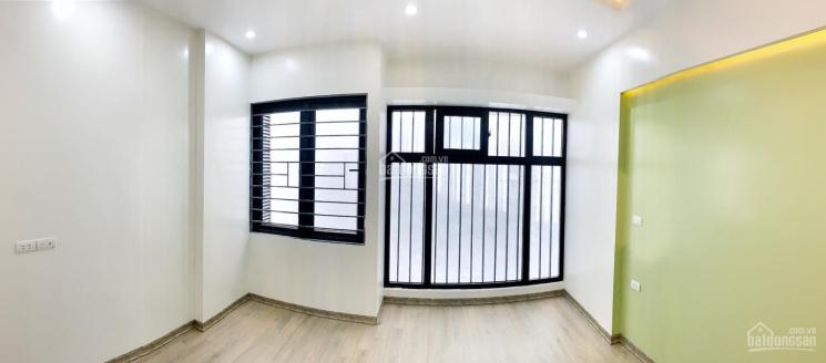Tôi chính chủ cần bán nhà ngõ Phạm Ngọc Thạch, nhà mới xây 4,5 tầng, mặt tiền 4m, cách mặt phố 70m