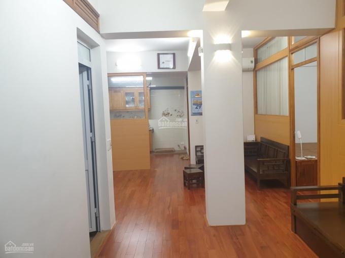 Bán căn hộ tập thể phố Vọng Đức, Hoàn Kiếm, Hà Nội, DT 80m2. Giá 4 tỷ 6, đi bộ 2 phút ra hồ gươm ảnh 0