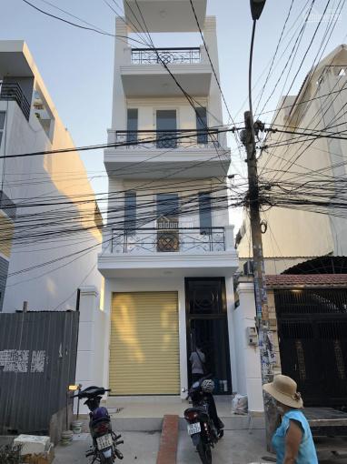 Cho thuê dãy 13 phòng trọ có máy lạnh tại Tân Phú giá 26tr/tháng, DT: 18m2, LH: 0908662668