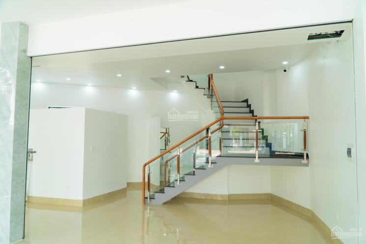 Nhà mặt tiền 2 lầu Nguyễn Đức Thuận, cho thuê kinh doanh giá cực tốt