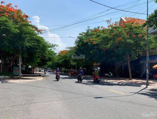 Cần bán gấp đất mặt tiền Nguyễn Thiện Thuật, DT 112m2, giá 8,2 tỷ ảnh 0