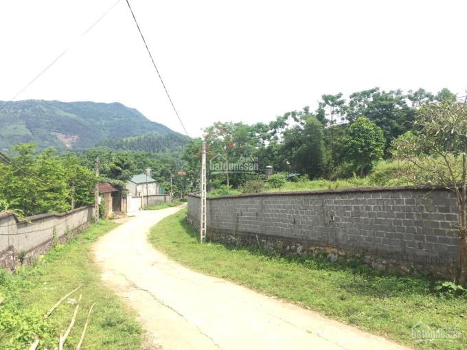 Chỉ 1,8 tỷ 1200m2 bê tông tại xã Hòa Sơn cách TT Xuân Mai 3km cạnh resort trang viên Đồng Gội view ảnh 0