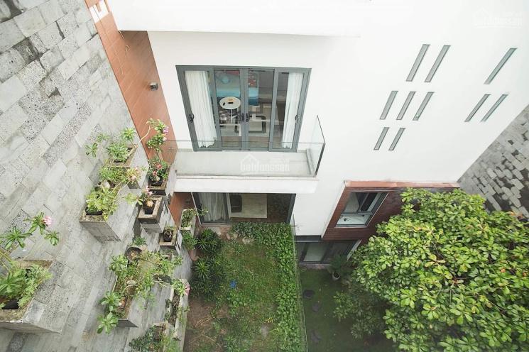 Biệt thự sân vườn cao cấp tiêu chuẩn 5*, MT Hồ Biểu Chánh, Quận Phú Nhuận, DT: 260m2, giảm giá 4tỷ ảnh 0