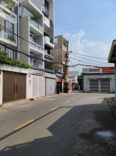 Bán đất 103m2, giá 6,8 tỷ, đường Lê Văn Thịnh rẽ vào, quận 2. LH: 0902126677 ảnh 0