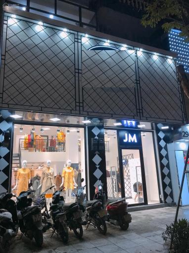 Cho thuê nhà mặt phố Nguyễn Trãi 65m2, 4 tầng, MT 5.5m, thông sàn 30tr (khu sinh viên sầm uất) ảnh 0