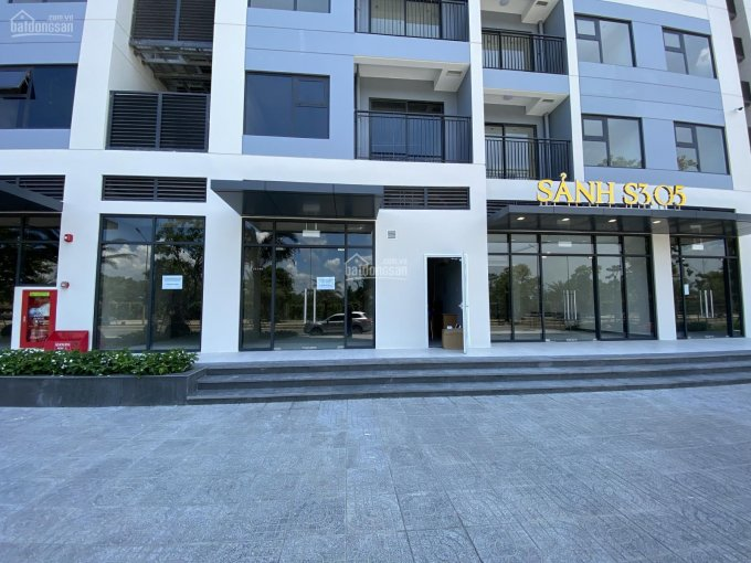 Chính chủ cho thuê Shophouse khối đế chung cư vị trí đẹp, kinh doanh tốt DT: 60m2