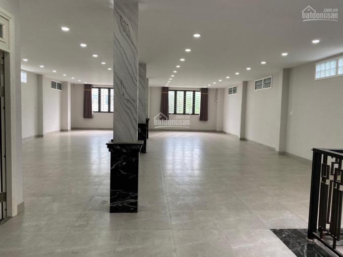 Cho thuê showroom, phòng khám, cafe mặt tiền Điện Biên Phủ, Q. 3, 8.5mx20m, 3 tầng, giá 120 tr/th ảnh 0