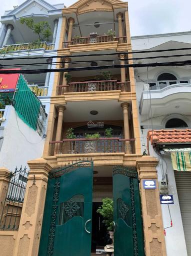 Bán nhà mặt tiền Trương Công Định, TP. Vũng Tàu, vị trí kinh doanh tốt. DTSD 238,2m2, thổ cư 100%