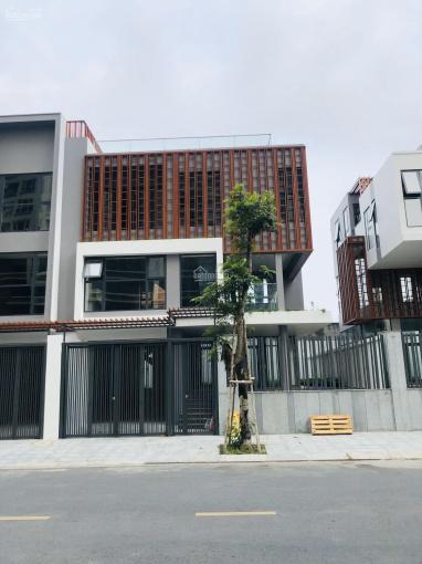 Cho thuê biệt thự The Golden Star Quận 7 căn góc, thiết kế theo ý muốn khách thuê, tiện kinh doanh ảnh 0