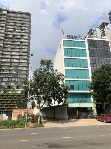 Bán nhà mặt tiền đường Trương Văn Bang, đối diện trung tâm hành chính quận 2. LH 0909 95 38 95 ảnh 0