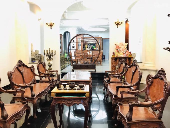 Biệt thự khu nội bộ Phường Tân Sơn Nhì, Quận Tân Phú, DT: 9x20.5m đúc 3.5 tấm, NTCC, giá: 36 tỷ ảnh 0