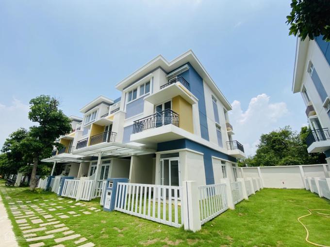 Cần bán 2 căn góc sân vườn Rosita Khang Điền, 7x19m và 8x17m, Đông Bắc, 7 tỷ. LH 0919060064 ảnh 0
