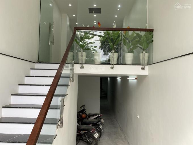 CC bán nhà mặt phố Khương Đình - Ngã Tư Sở, Quận Thanh Xuân. DT 67m2 xây 7t thang máy giá 15 tỷ ảnh 0
