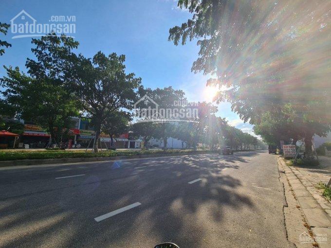 Cho thuê lô góc DT 210m2 đường Nguyễn Phước Lan và Nguyễn Đình Thi, Hòa Xuân. Giá 17 triệu/tháng
