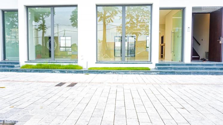 Cho thuê mặt bằng kinh doanh, tầng 1 nhà phố The Manor Central Park, Nguyễn Xiển. LH 091.565.8386 ảnh 0
