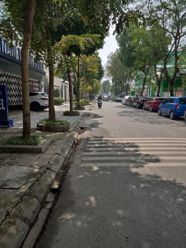 Cần bán nhà 8 tầng, thang máy, mặt phố Mễ Trì Hạ, giá 15.5 tỷ ảnh 0