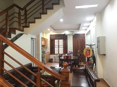Chính chủ cho thuê nhà 5 tầng ngay đường Lạc Long Quân, diện tích 80m2, Liên hệ 0988536827 ảnh 0