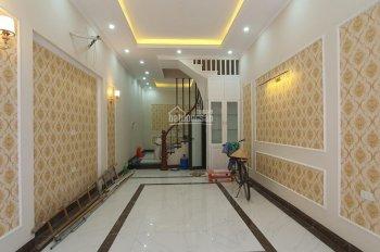 Cần tiền bán nhà mặt tiền đường D1 quận Bình Thạnh DT 4x18m, 2 lầu giá 12 tỷ ảnh 0