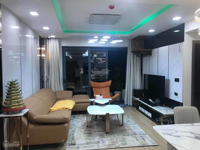 Bán căn góc 2PN đầy đủ nội thất diện tích 72m2 ban công Đông Nam ở Rivera Park Hà Nội - giá 2.7 tỷ ảnh 0