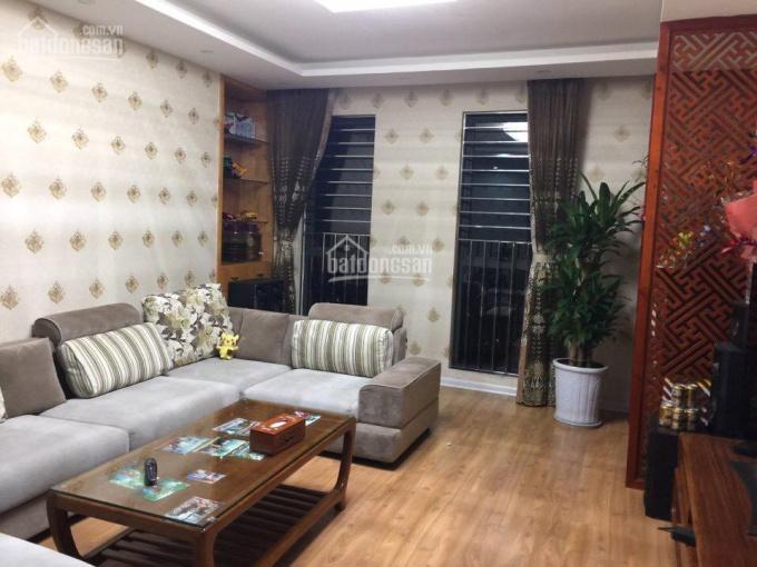 Bán căn hộ 3 phòng ngủ, ban công Đông Nam, DT 176m2, full nội thất. LH: 0984673788 ảnh 0