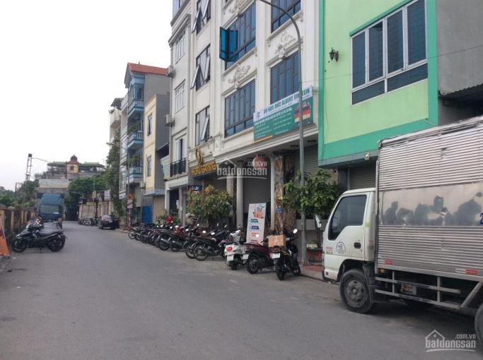 Siêu hot - Đức Giang - Gia Lâm - DT trên 100m2 - Nhà 2 mặt phố lớn - kinh  doanh đỉnh - đầu tư tốt