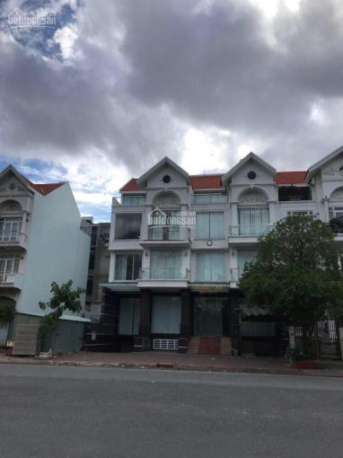 Cho thuê nhà biệt thự khu dân cư Him Lam quận 7. Giá 55tr/tháng full nội thất ảnh 0