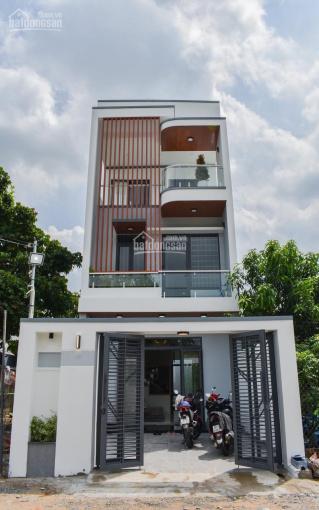 Bán nhà hoàn công, full toàn bộ nội thất, mặt tiền đường nhựa trung tâm Thủ Dầu Một ảnh 0