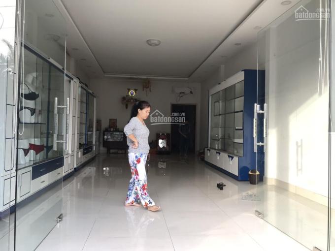Cho thuê nhà MT CMT8, phường Chánh Nghĩa, giá thuê 20 tr/th, LH 0946.653.459 gặp Tường Vi 77