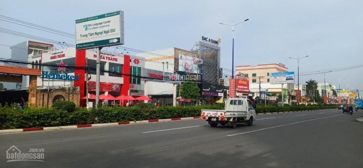 Nhà nguyên căn 1 trệt 1 lầu đường CMT8, gần chợ, Tp. Thủ Dầu Một. Giá 18 triệu/tháng, 0857696589