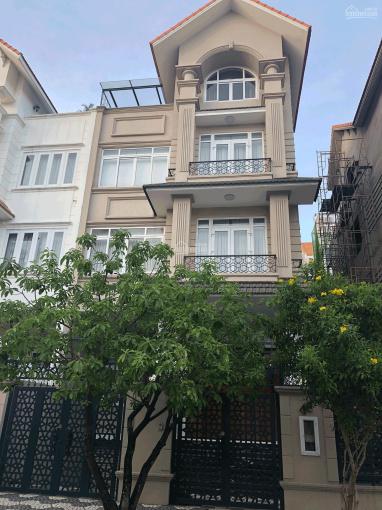 Bán biệt thự khu dân cư Him Lam Quận 7 giá 35 tỷ, căn G24, sổ hồng 2015, đường Số 10, để lại NT ảnh 0