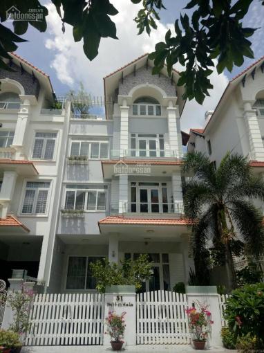 Cho thuê nhà biệt thự 200m2, đường Số 6 Him Lam, Quận 7, có hầm thang máy có nội thất, xem nhà 24/7 ảnh 0