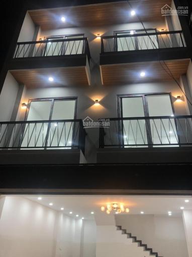 Bán nhà mặt tiền đường thông rộng 5m, Lê Văn Thịnh, Q2 ảnh 0