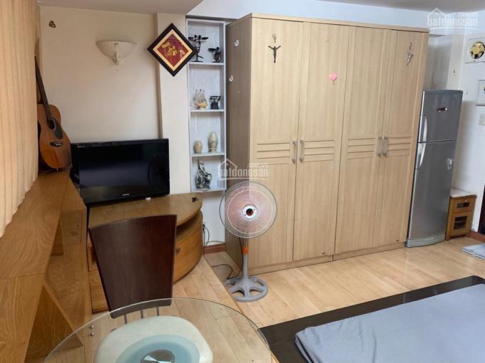 Chính chủ cần cho thuê gấp phòng đầy đủ tiện nghi đường Nguyễn Thị Minh Khai, trung tâm Quận 1