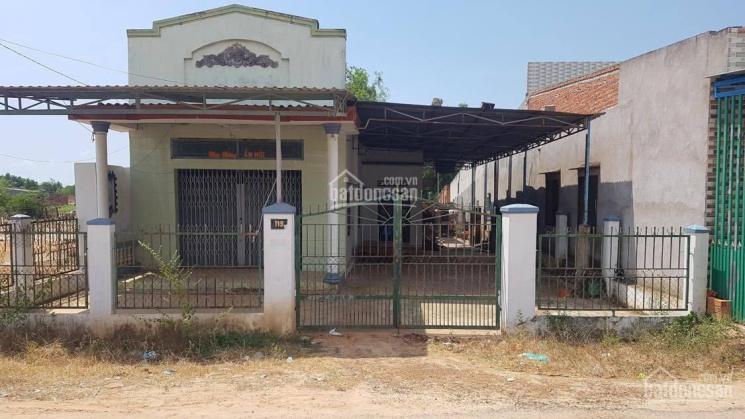 Cho thuê nhà mặt tiền 600m2 đường Nguyễn Thông, Tân Bình, La Gi phù hợp làm xương, công ty