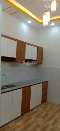 Bán gấp căn nhà đường Lê Văn Lương 2 tầng 2PN, DT 3 x 10m sổ hồng ngay UBND xã Long Hậu chỉ 850tr ảnh 0