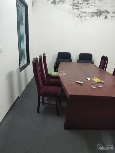 Chính chủ cần cho thuê nhà tầng 2, số 24 Trần Hưng Đạo, diện tích 60 m2, giá 5tr/tháng ảnh 0
