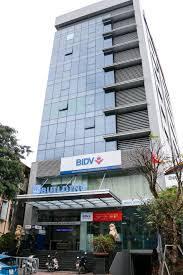 Cho thuê tòa nhà MT Bến Vân Đồn, Phường 4, Quận 4, DT: 12x20m, 5 lầu, giá thuê: 150 triệu/tháng ảnh 0