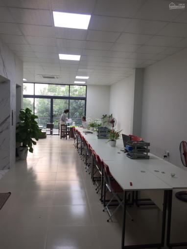 Chính chủ cho thuê nhà làm văn phòng tại Triều Khúc 125m2 thông sàn, điều hòa âm trần, 8 triệu/th ảnh 0