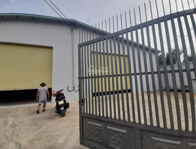 Cho thuê nhà xưởng cực đẹp 1500m2, 90 triệu/1th đường Võ Văn Hát, P. Long Trường, Quận 9