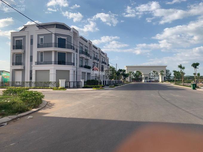 Cho thuê shophouse dự án Phúc An Garden, căn góc vị trí cực đẹp. Thích hợp KD và ở, LH 0937228007
