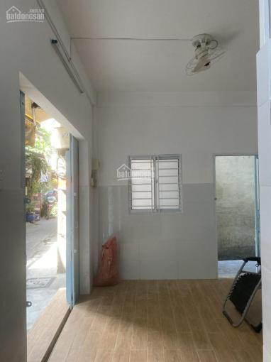 Cho thuê nhà nguyên căn tại trung tâm Q4, tiện kinh doanh ăn uống, cafe, bán vé máy bay ảnh 0