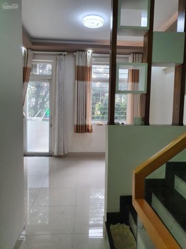 Cần bán gấp nhà MT Quận Phú Nhuận, nhà đẹp, ngang 4,5m, giá tốt ảnh 0