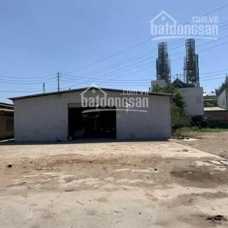 Cho thuê mặt bằng 2200m2 mặt tiền đường Xa Lộ Hà Nội, P. Phước Long B, Quận 9